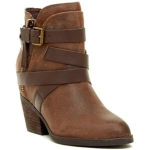 Steve Madden Distressed Brown Leather Bootie 6M